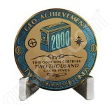 Geocaching Official 2000 Finds Geocoin Achievement Award Set