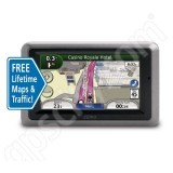 Garmin Zumo 660 with Lifetime Traffic and Map Updates