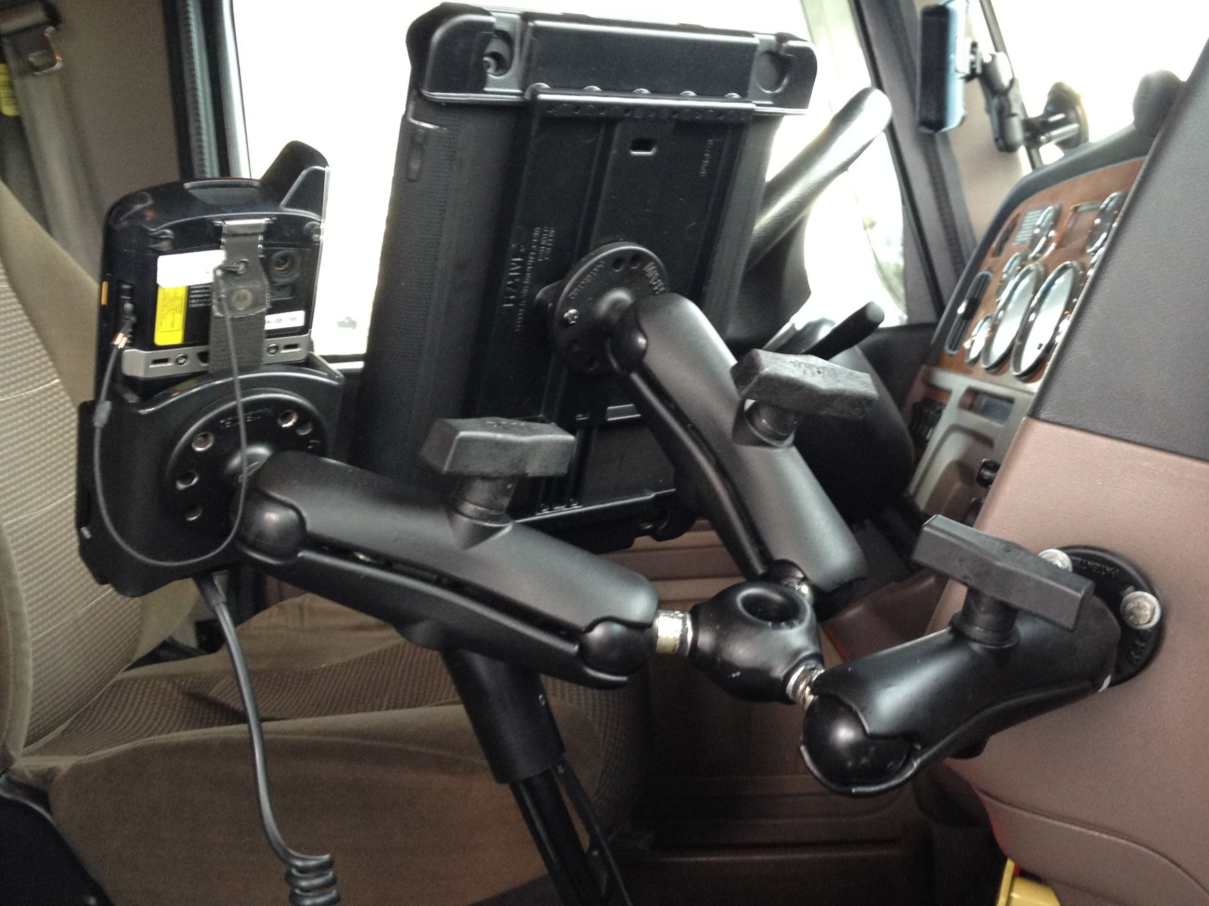 Ipad With Otterbox In Peterbilt Big Rig Gallery Article