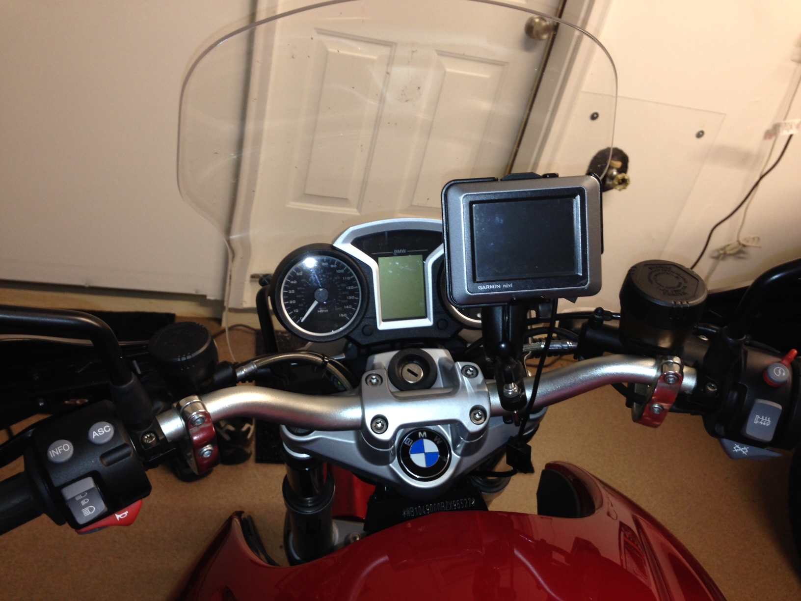 wiring your gps to a bmw motorcycle gallery article rh gpscity com bmw motorcycle wiring diagrams